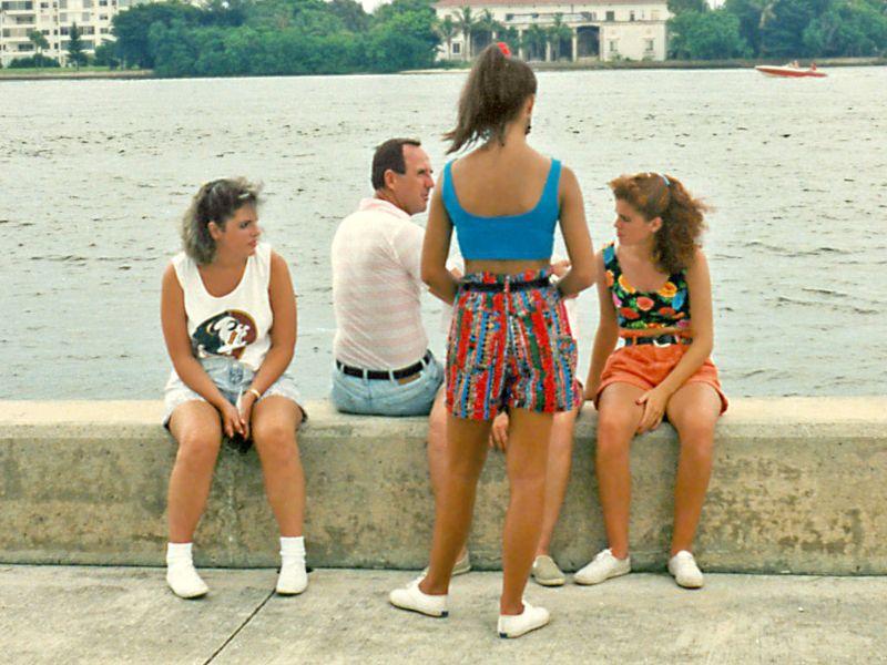 1990s Young Women's Fashion (18).jpg