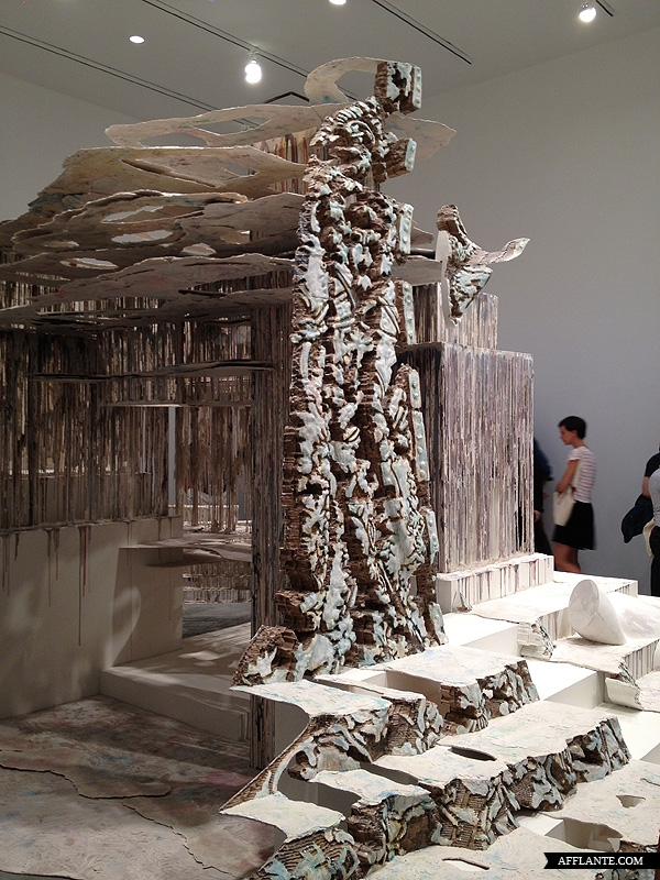 Sculptures_with_Ephemeral_Materiality_Diana_Al-Hadid_afflante_com_6