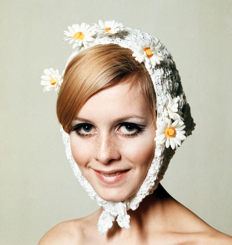 Twiggy-1966-Paul-Popper-768x808.jpg