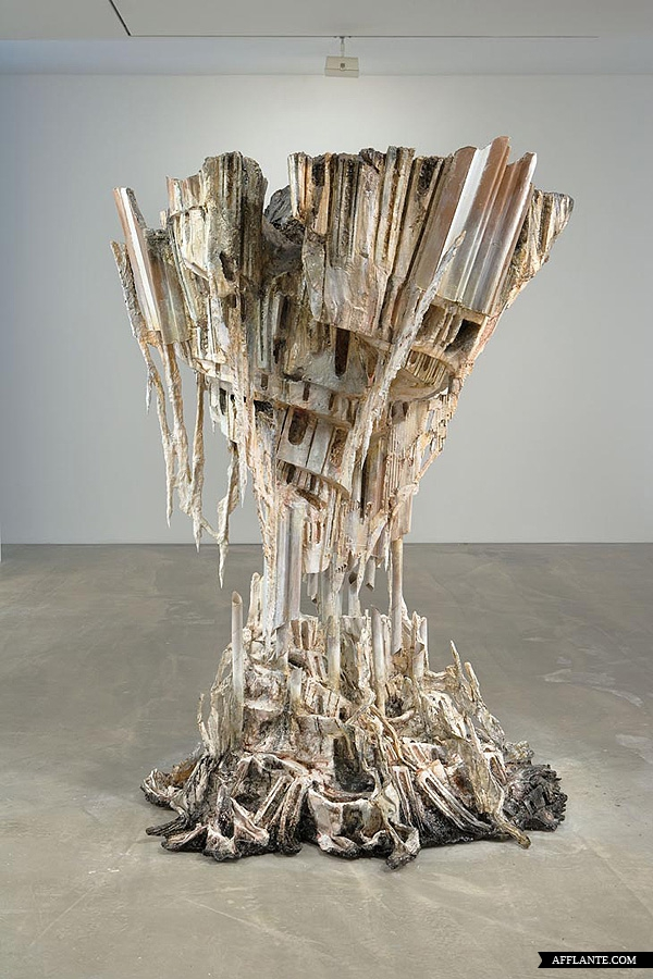 Sculptures_with_Ephemeral_Materiality_Diana_Al-Hadid_afflante_com_20