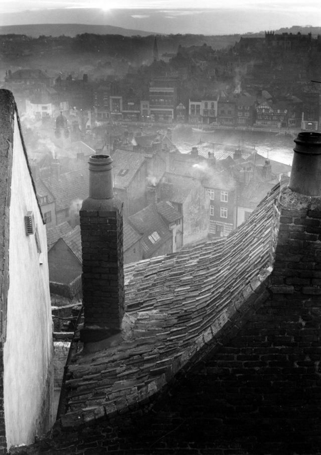Roofscape-Whitby-North-Yorkshire-1959-640x909.jpg