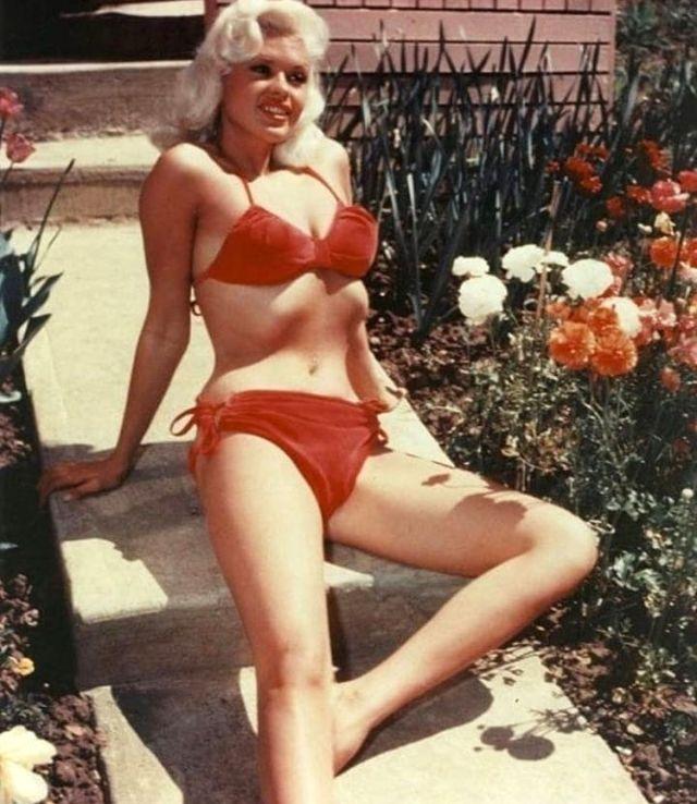 The 1950s Coolest Bikini Beauties (9).jpg