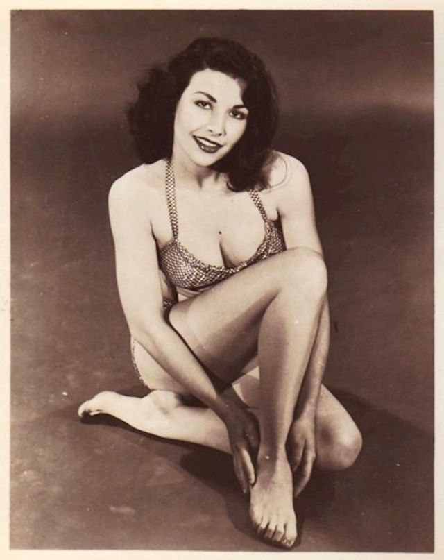 The 1950s Coolest Bikini Beauties (16).jpg