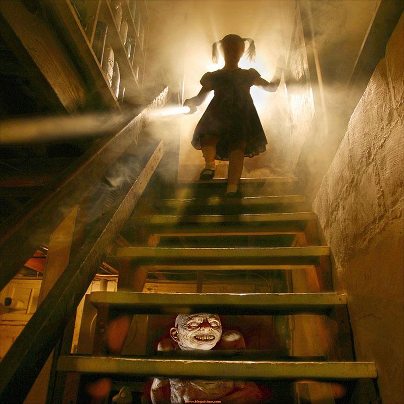 horror-family-photoshoot-creative-children-photography-joshua-hoffine-1.jpg