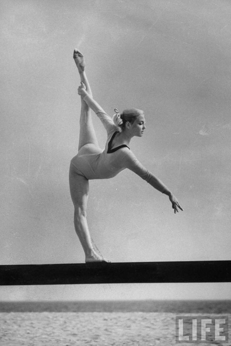 4e6ca8f613480c65f0dba6a866baf9fe--gymnastics-history-womens-gymnastics.jpg