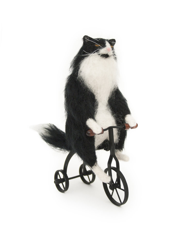 needle-felt-black-white-cat.jpg