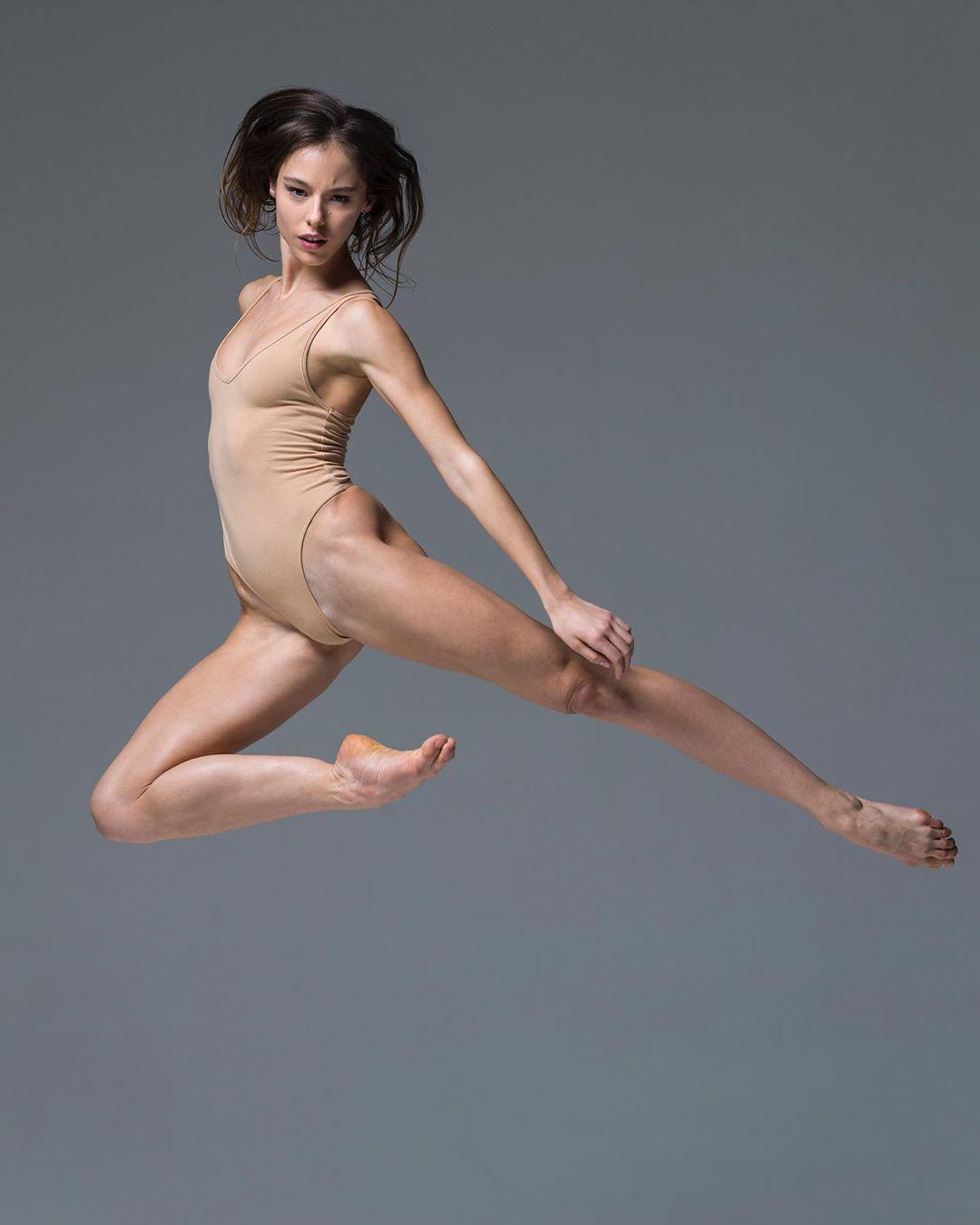 Балетная фотография Хьюза фотографии, более, балетной, модной, основном, портретной, Подписчиков, Instagram, которых, много, фотографы, скажут, Интересно, специализируется, НьюЙорке, Нисиана, Хьюза, балета, артистов, портреты