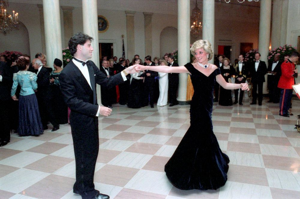 princess-diana-john-travolta-dance-3.jpg