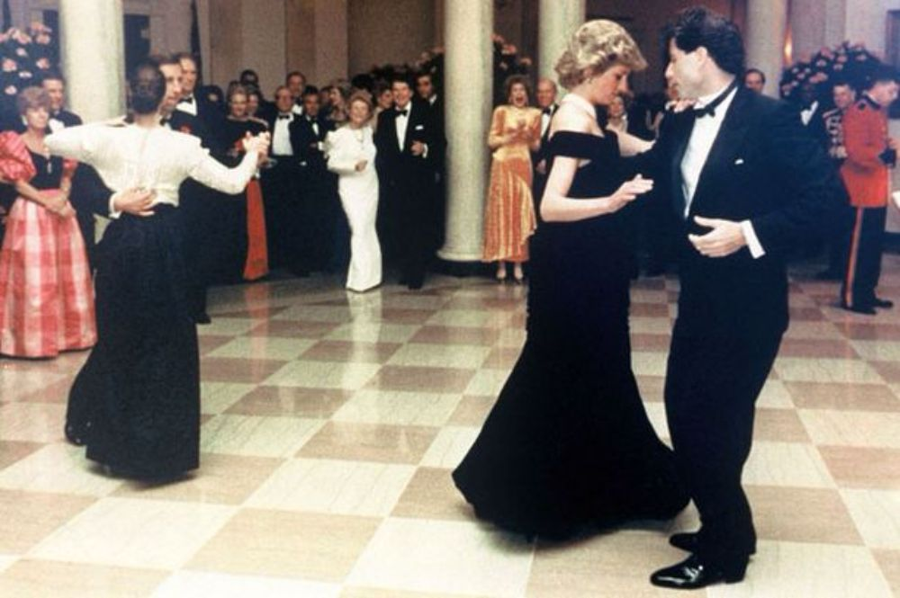 princess-diana-john-travolta-dance-4.jpg
