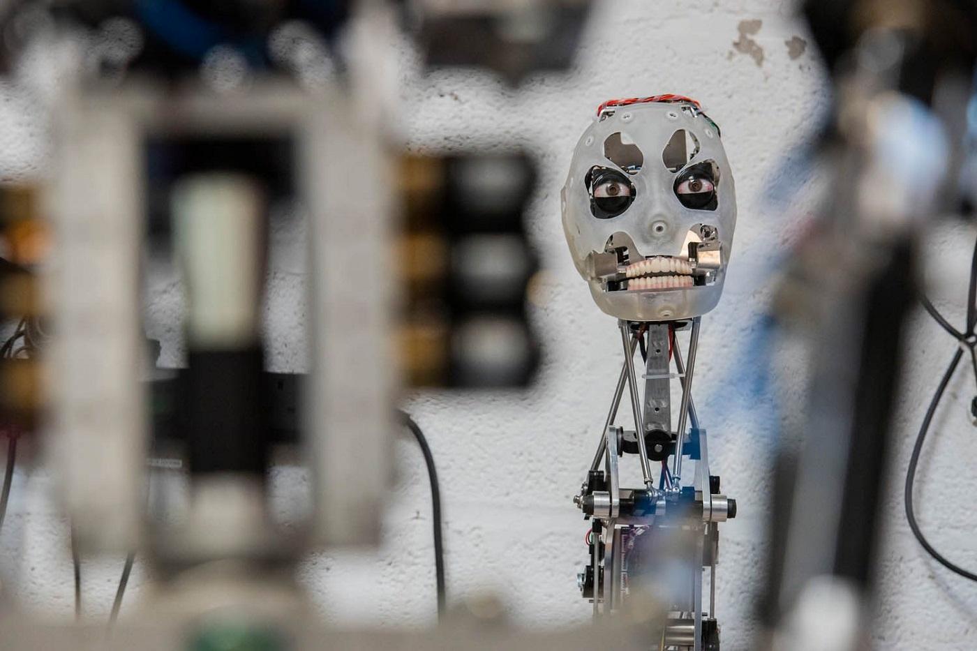 Ай-Да - первый в мире робот-художник, способный рисовать реалистичные портреты cf73809c1c8337f367f955068b67031be314ad7e_2200.jpg
