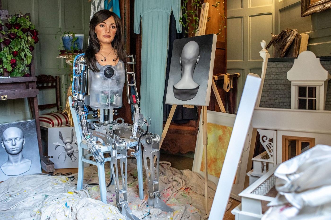 Ай-Да - первый в мире робот-художник, способный рисовать реалистичные портреты ea483e21d51c67b7df68e0c0f2b234e3eac6d8e4_2200.jpg