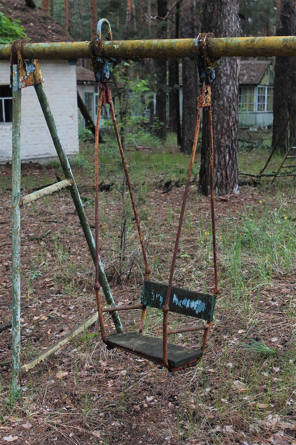 Когда уходят люди: заброшенный советский детский лагерь в Чернобыле 12-9.jpg
