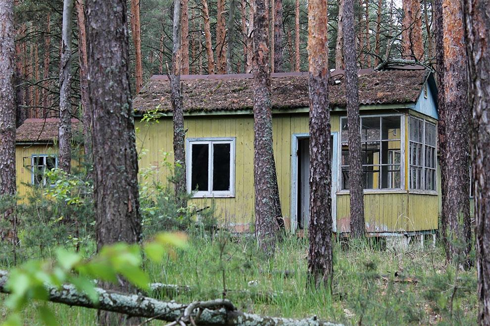 Когда уходят люди: заброшенный советский детский лагерь в Чернобыле 19-4.jpg