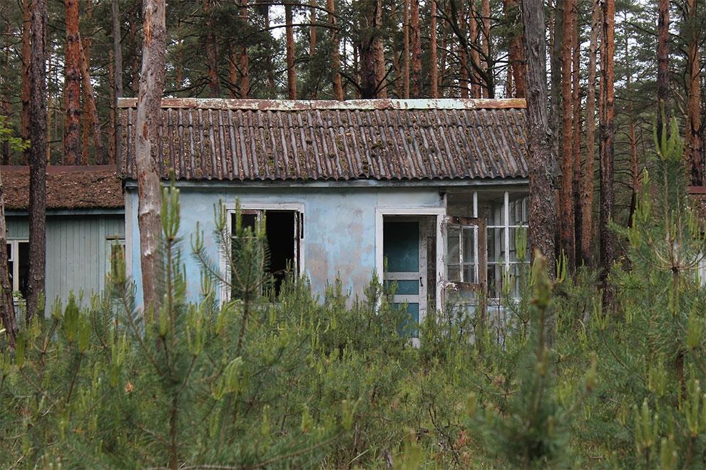 Когда уходят люди: заброшенный советский детский лагерь в Чернобыле 22-3.jpg