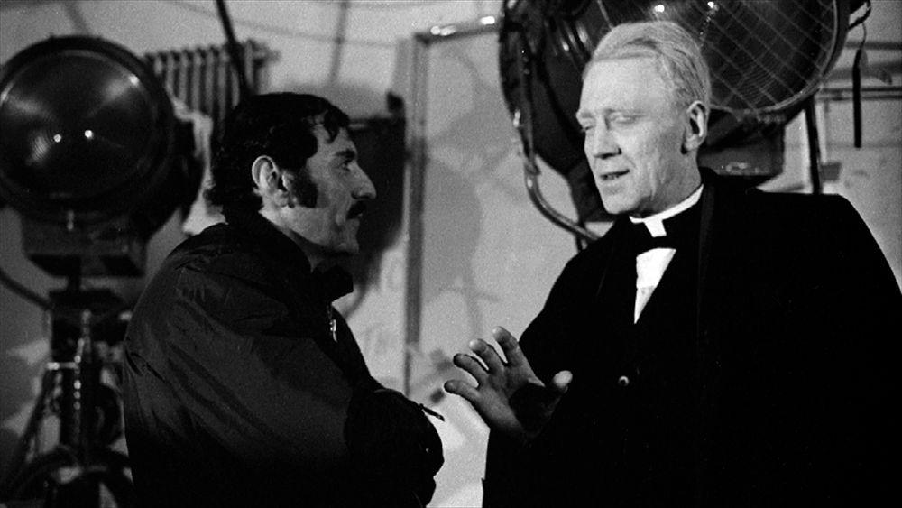 За кадрами Экзорциста (1973) the-exorcist-behind-the-scenes-14.jpg