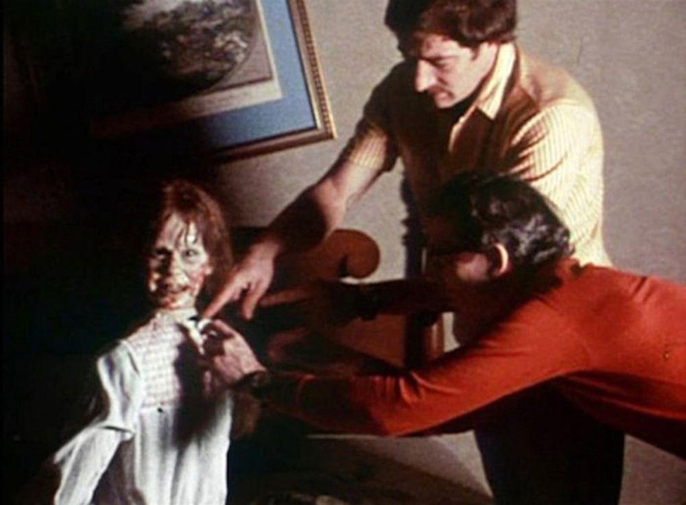 За кадрами Экзорциста (1973) the-exorcist-behind-the-scenes-24.jpg