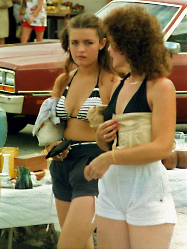 1980s-women-swimwears (3).jpg
