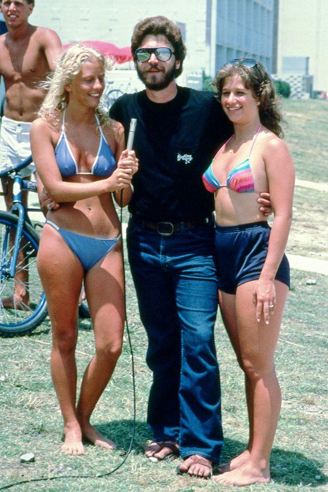 1980s-women-swimwears (6).jpg