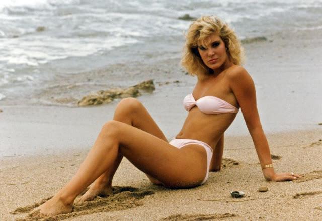 1980s-women-swimwears (8).jpg