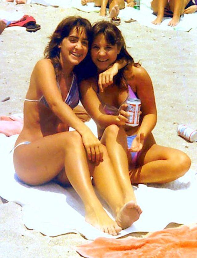 1980s-women-swimwears (18).jpg