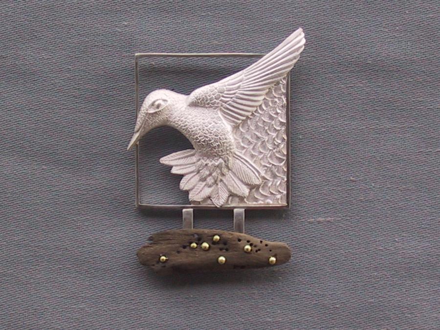 Hummingbird-Broach-ss-18kt-driftwood
