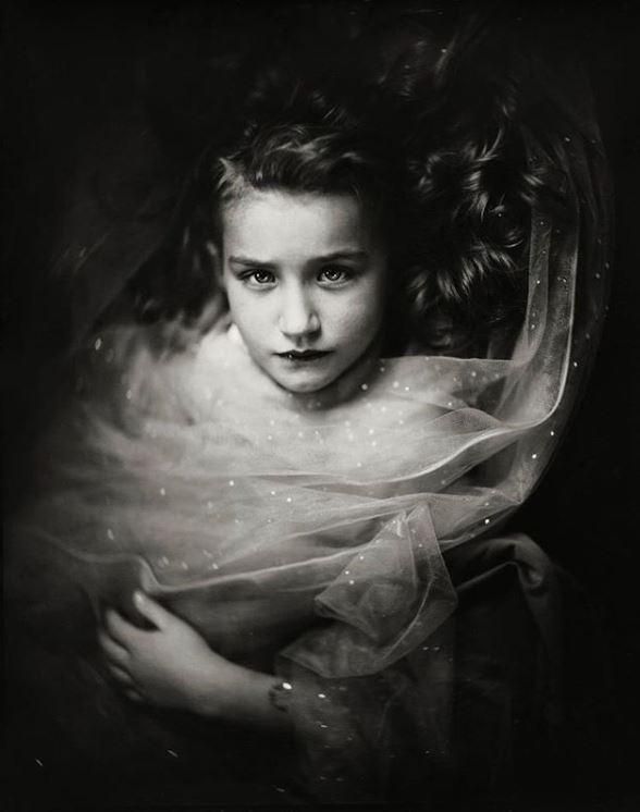 Снимая детей, фотограф использует 166-летнюю технику и результат потрясает Жаклин, Испанский, Гюставом, влажная, пластинчатая, фотография, также, известная, процесс, коллодии, изобретена, Фредериком, Скоттом, Арчером, одновременно, почти, альбомах, Техника, быстро, стала