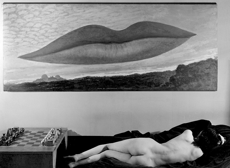 man-ray-observatory-time-the-lovers-photograph-1936-trivium-art-history.800x0.jpg