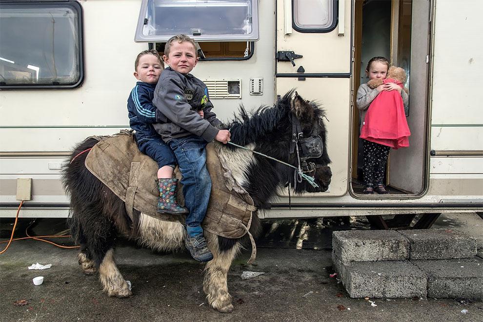 Тайная жизнь ирландских путешественников на снимках Джозефа Филиппа Бевийяра  (9).jpg