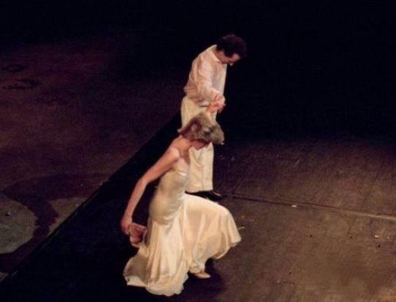 princess-diana-wayne-sleep-dancing-13.jpg