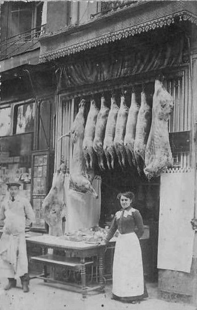 Victorian_era_butcher_shops_7.jpg