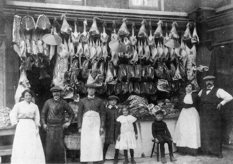 Victorian_era_butcher_shops_13.jpg