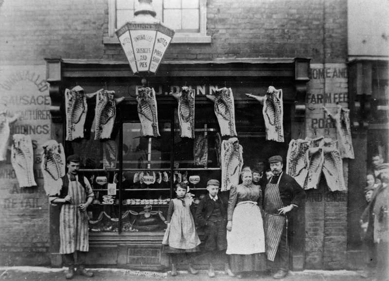 Victorian_era_butcher_shops_15.jpg