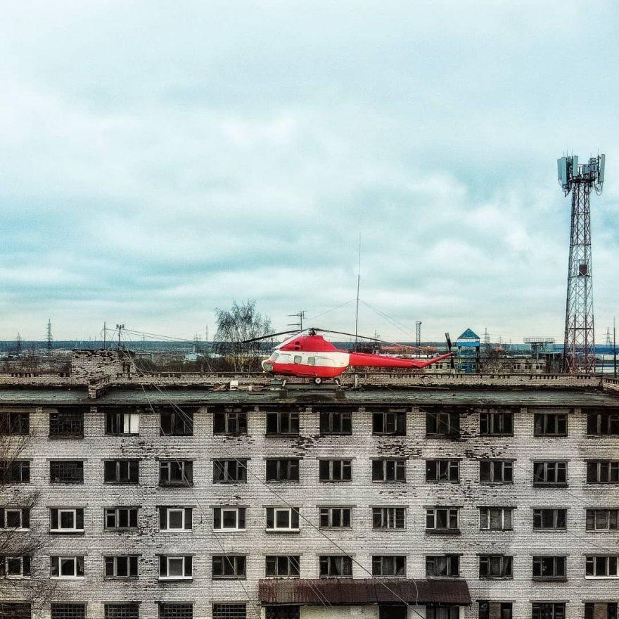 Alexei-Polyakov3-880x880.jpg
