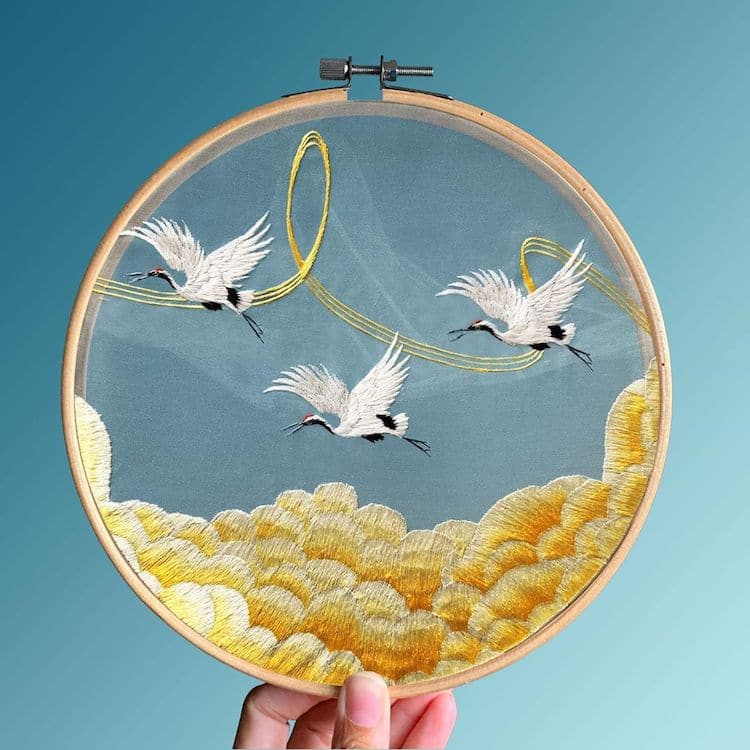yingifts-chinese-embroidery-2.jpg