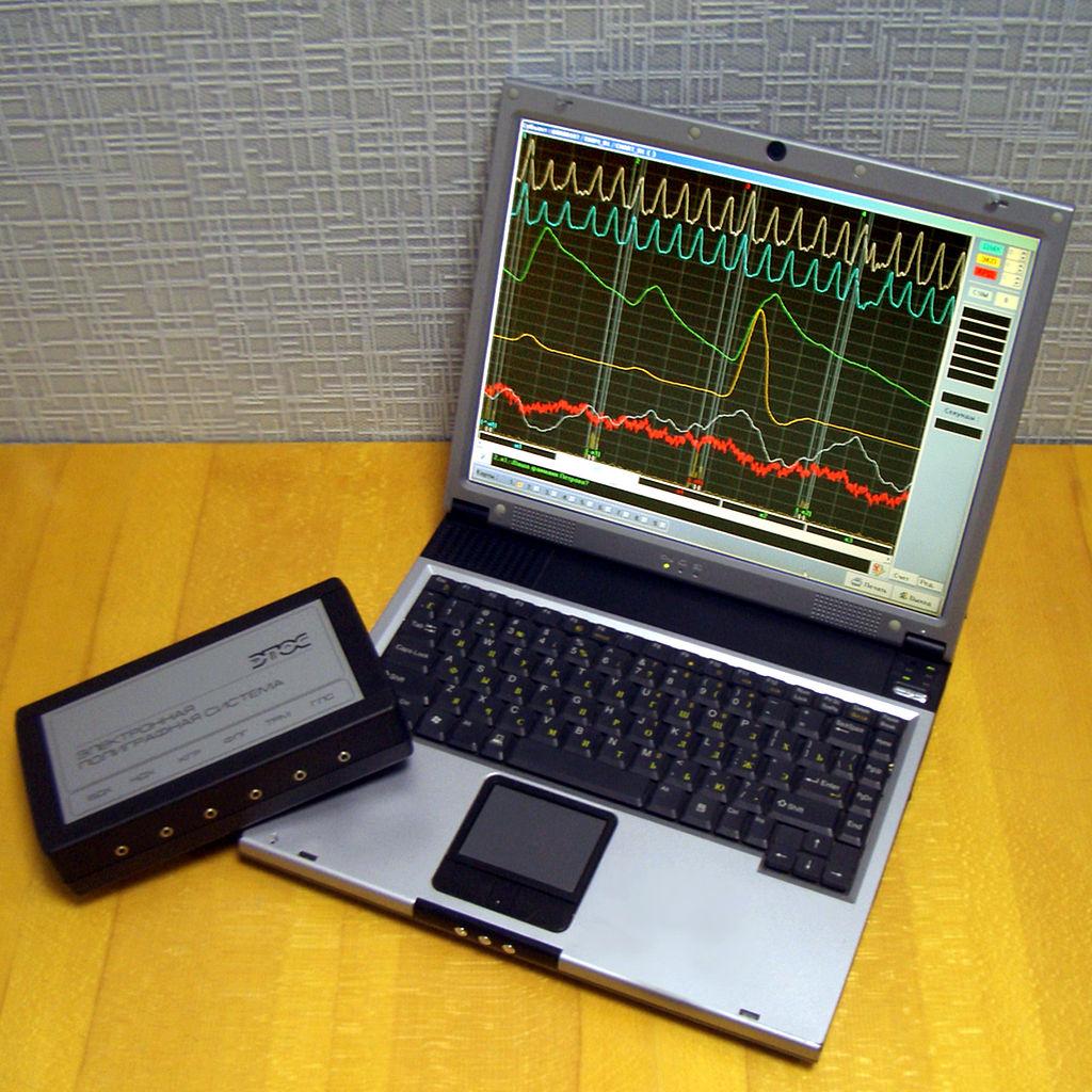 1024px-Polygraph1.jpg