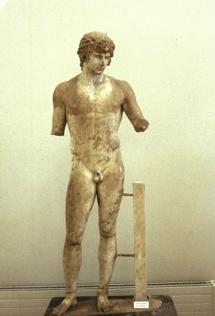 statue-of-antinous-2.jpg