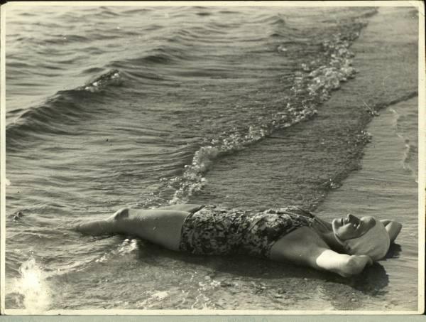 lying-in-the-sand.jpg