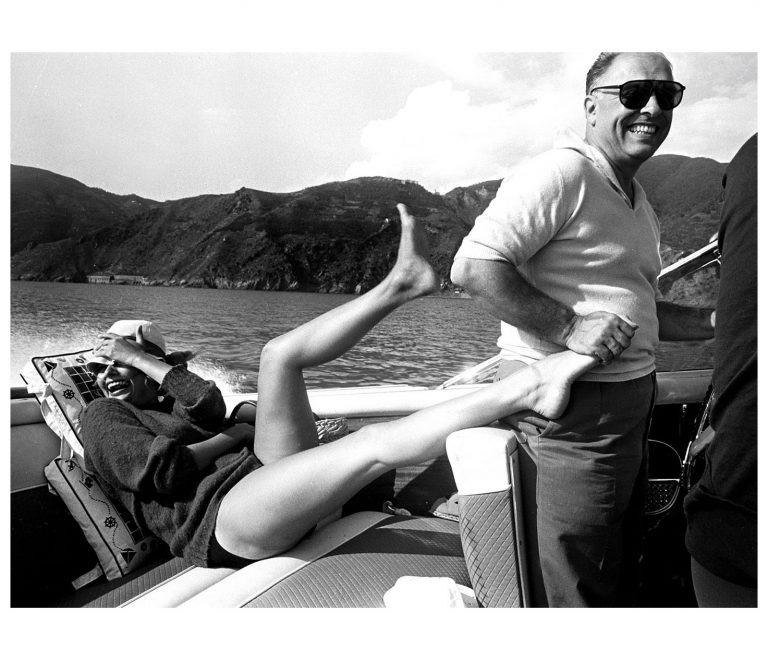 Sophia-Loren-and-Carlo-Ponti-Photo-Pierluigi-Praturlon-768x660.jpg