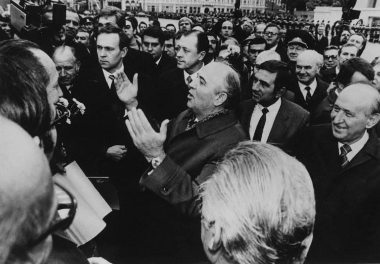 Распад Советского Союза в картинках (7).jpg