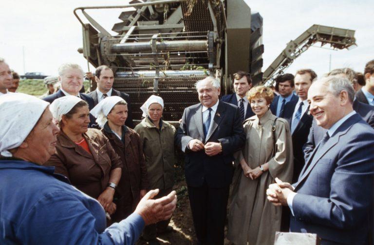 Распад Советского Союза в картинках (9).jpg