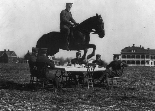 1930s-cavalry-training-7.jpg