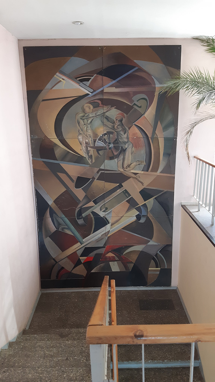 soviet-apartment-buildings-decor-design-lithuania-24-5f2aaf879d9fa__700.jpg