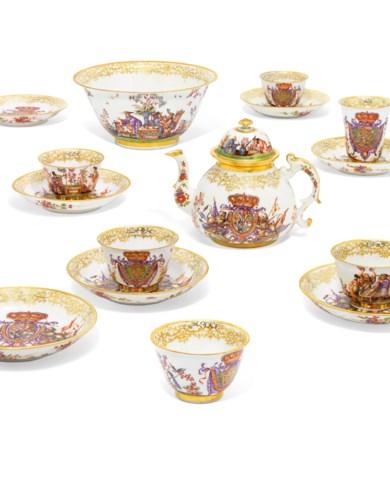 2019_CKS_17042_0104_000(a_meissen_porcelain_royal_armorial_part_tea_and_chocolate-service_1725[105915]).jpg