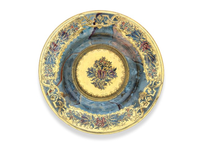 2019_CKS_17042_0139_000(a_dresden_gilded_and_enamelled_glass_plate_first_quarter_of_the_18th_c[110228]).jpg