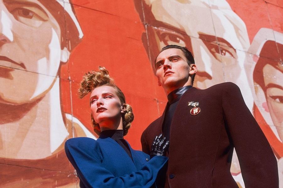Модная фотосессия Тьерри Мюглера 1980-х (2).jpg