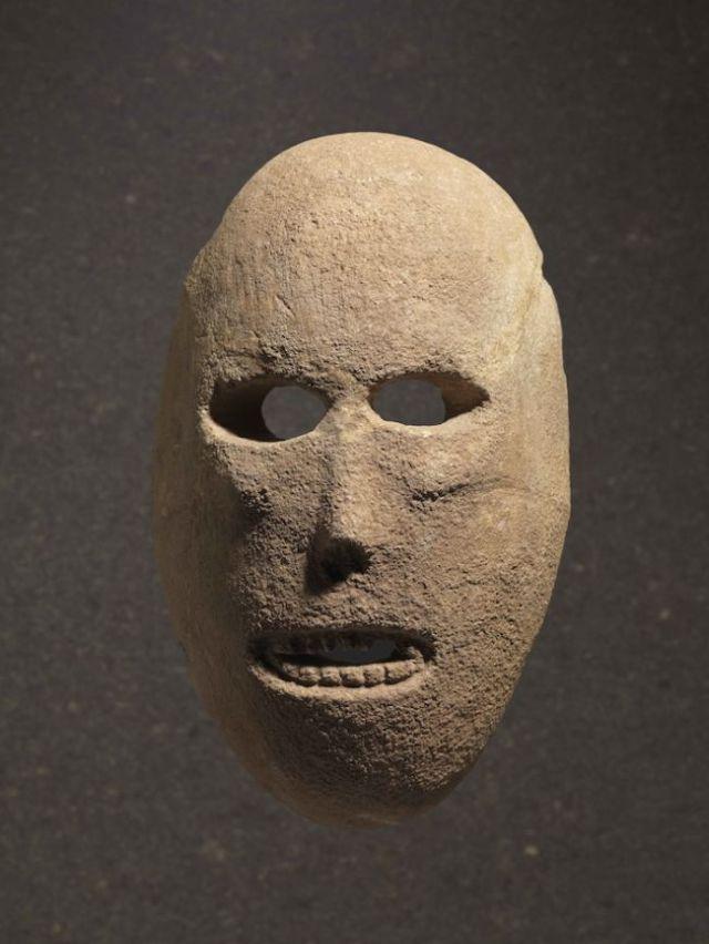neolithic-spirit-masks-2.jpg