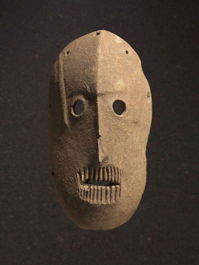 neolithic-spirit-masks-4.jpg