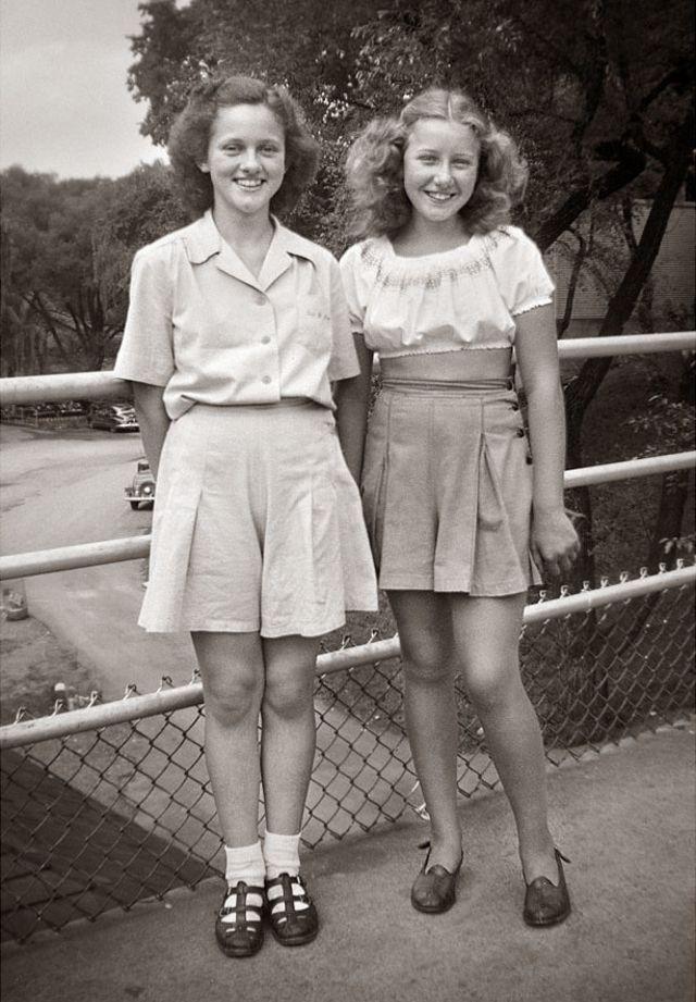 1940s-teenage-girls-4.jpg