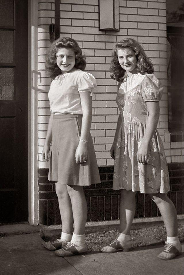 1940s-teenage-girls-10.jpg
