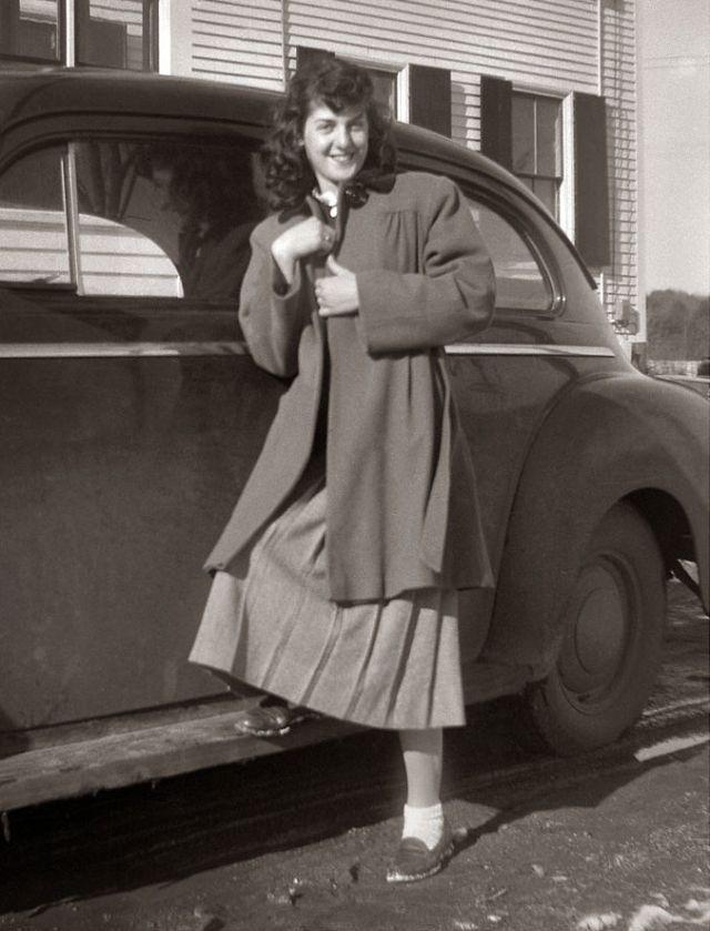 1940s-teenage-girls-22.jpg